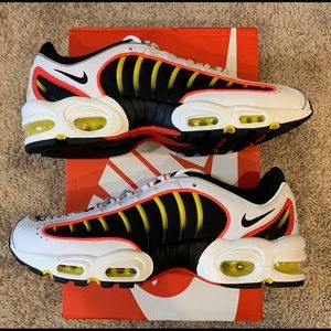 Nike air max tailwind 4 Sz 11.5 bright crimson